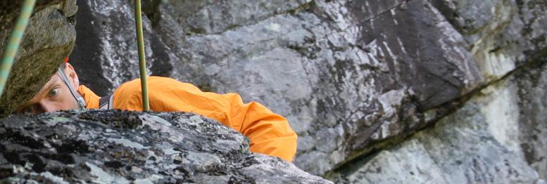 Patrick Cadieux semble surpris par le rocher!
