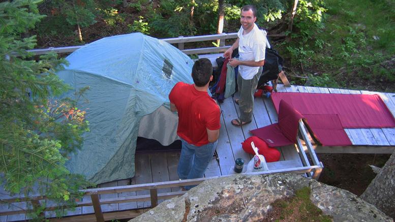 Plateforme de camping au sommet du Morne