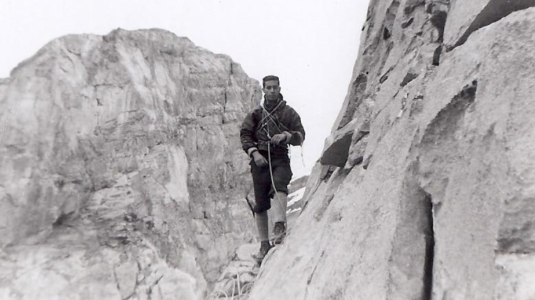François-Xavier Garneau sur le Watch Tower dans les Rocheuses | Photo: Collection FX Garneau